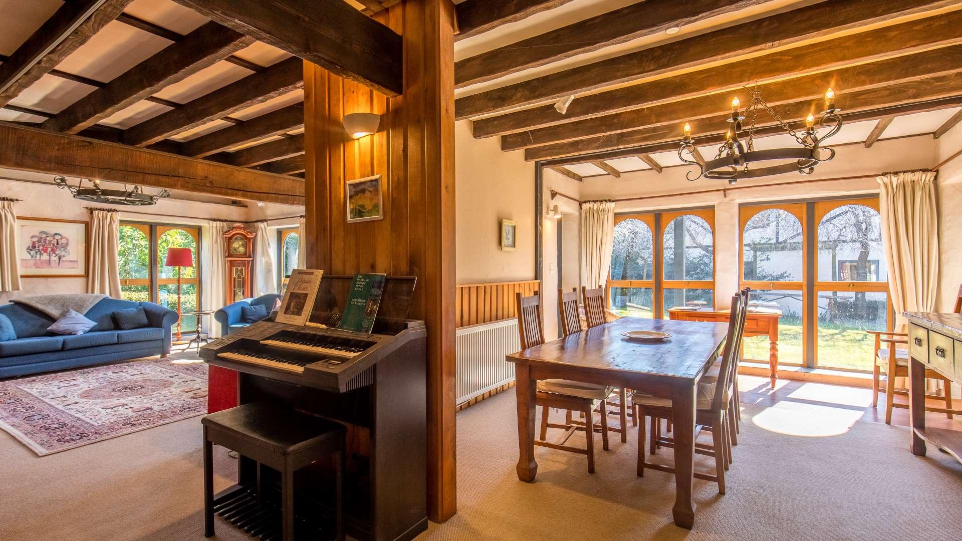 Wanaka Stonehouse Lodge - Dining
