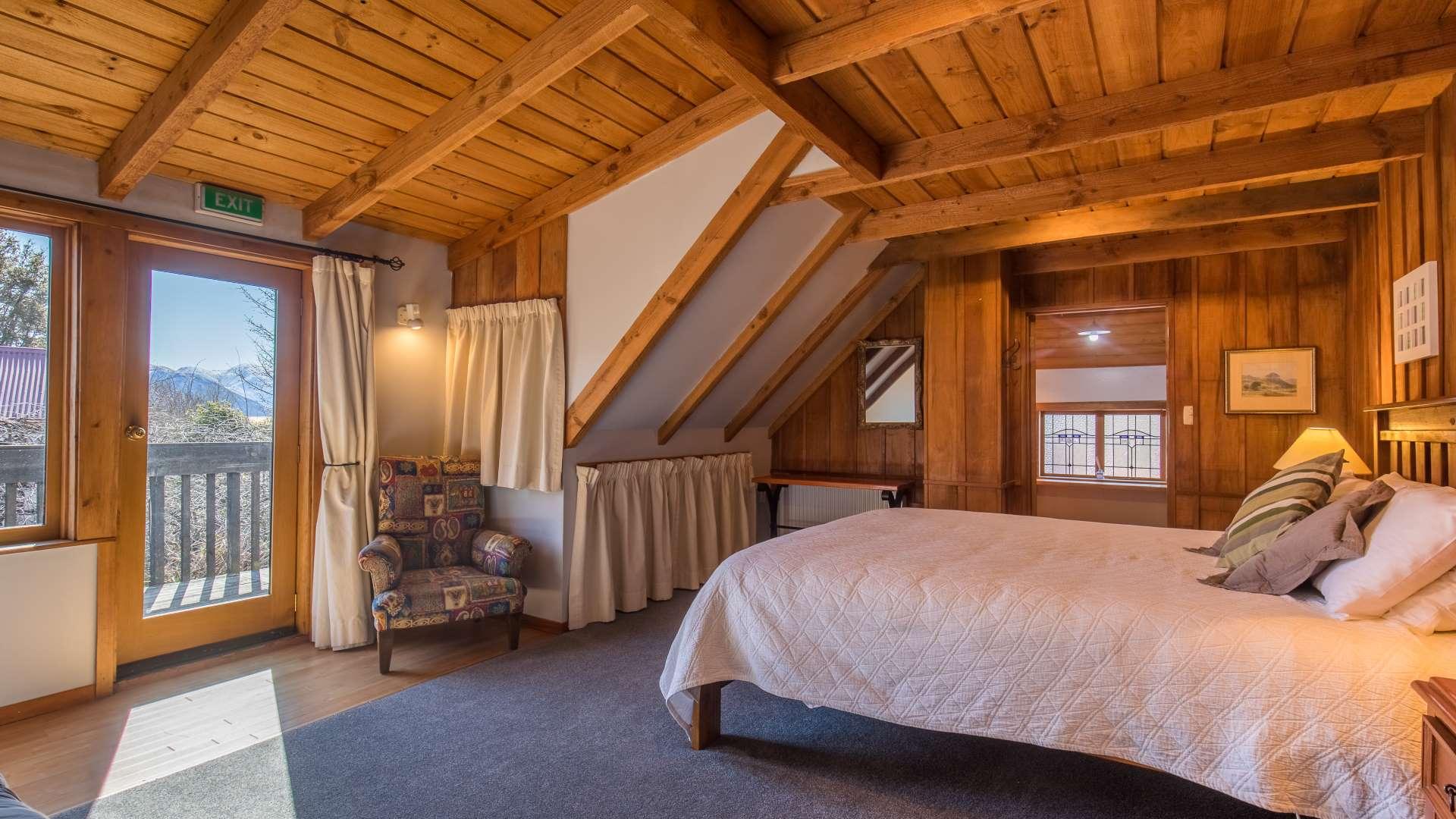 Wanaka Stonehouse Lodge - Matukituki Room 2