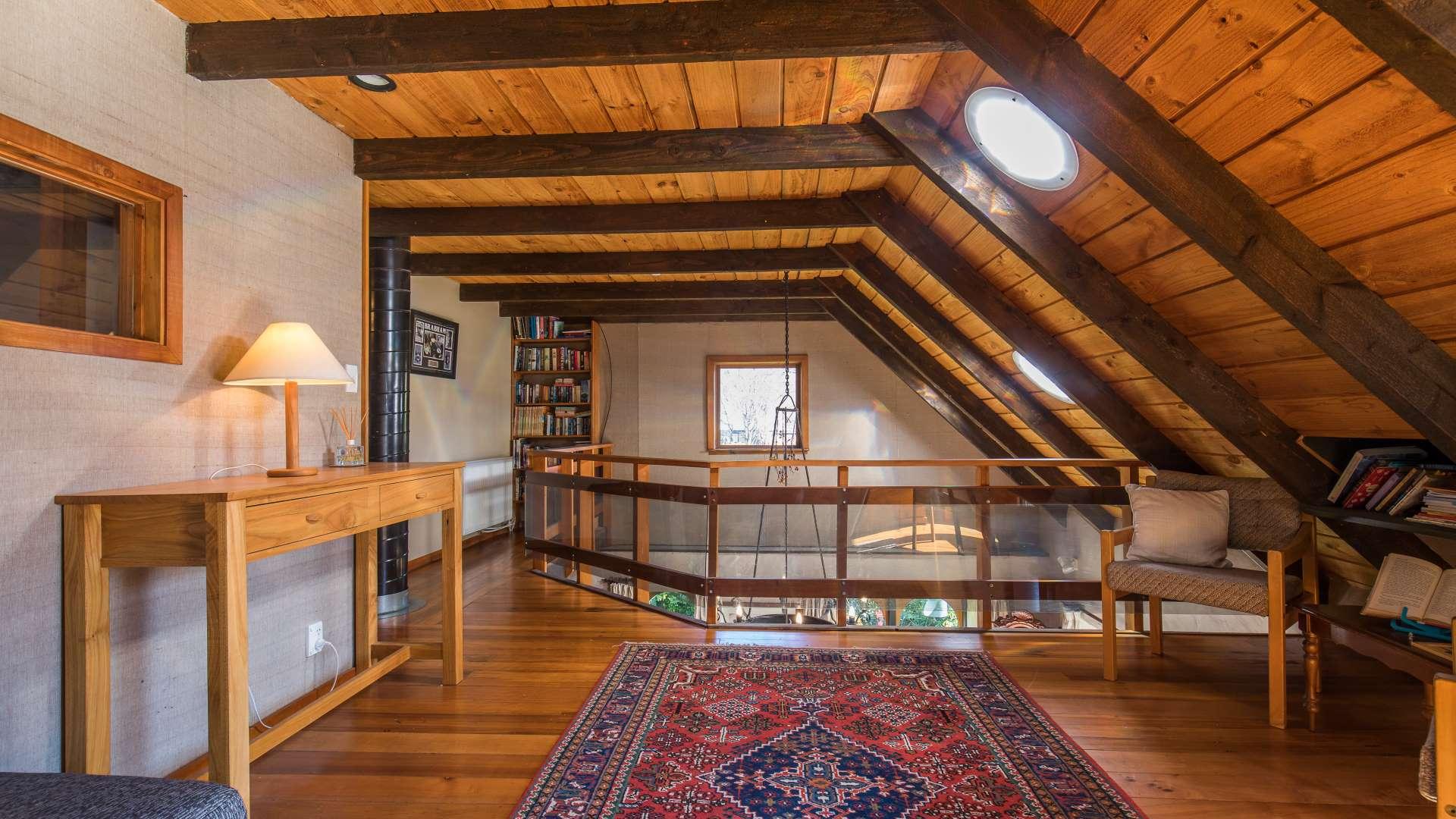 Wanaka Stonehouse -Mezzanine